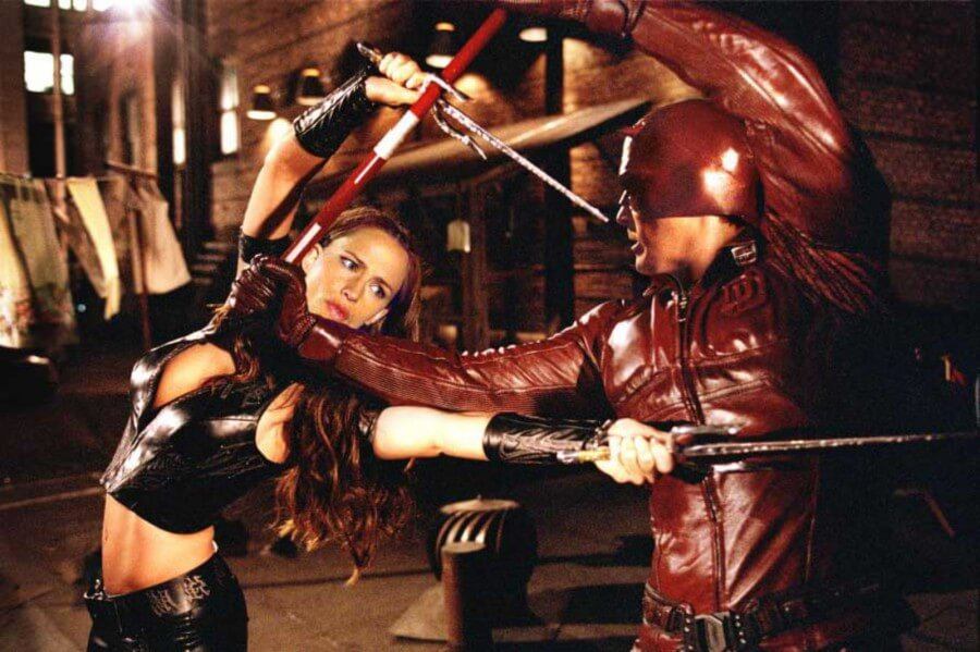 ben-affleck-daredevil-vs-jennifer-garner-elektra