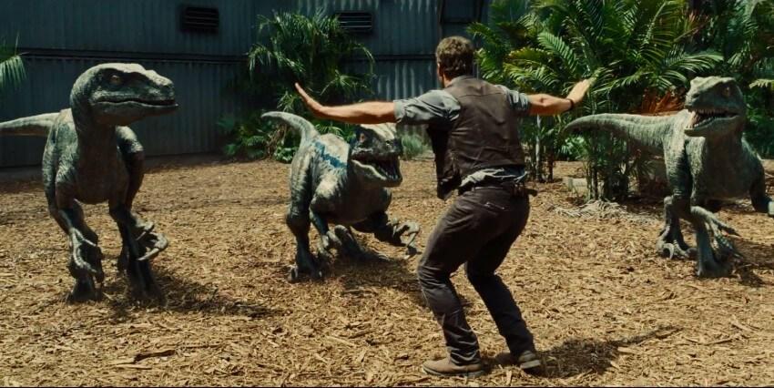 Owen devant ses raptors Jurassic World