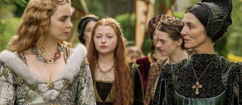 The-White-Princess-jodie-comer-as-elizabeth-of-york-michelle-fairley-as-lady-margaret-beaufort-1200x520