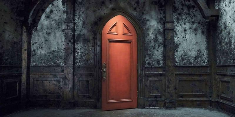 haunting-hill-house-red-door-netflix