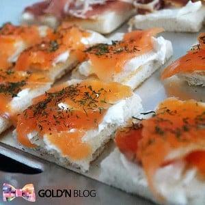 Toast au saumon fumé et fromage frais, le grand classique
